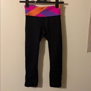 Lululemon crop leggings colorblocked waistband